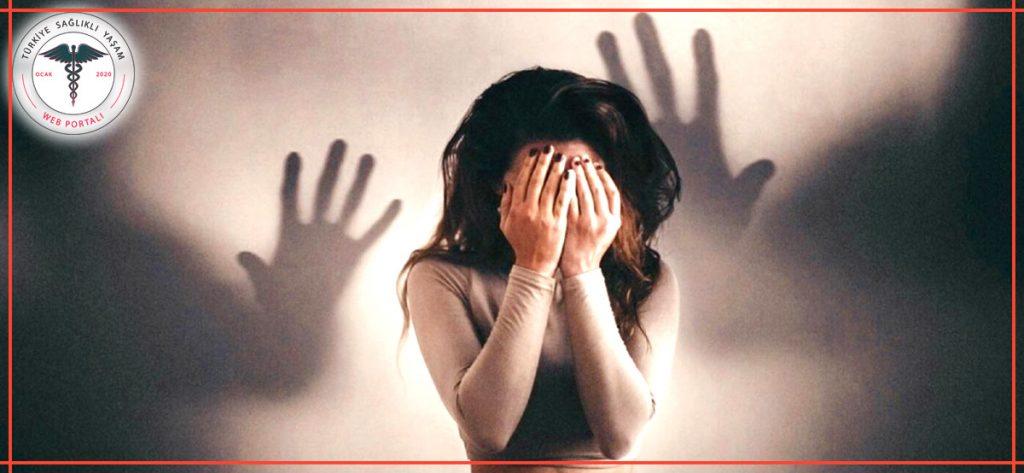 panik atak, panik atak geçiren kadın, panik atak geçirme anı, panik atak hastalığı,